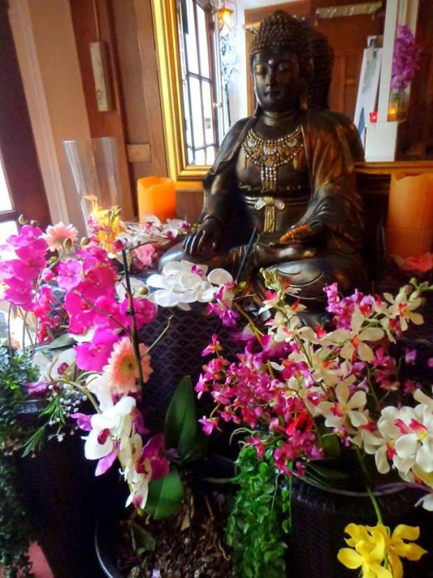 Maenaam Thai Restaurant Amsterdam Buddha